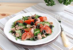 Салаты с тунцом в собственном соку рецепты с